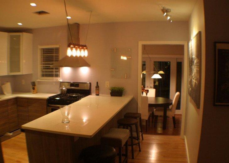 Beach Retreat In Lake Worth, 2 Bedr. Designer Kitchen, Relaxing Backyard PETS OK #4