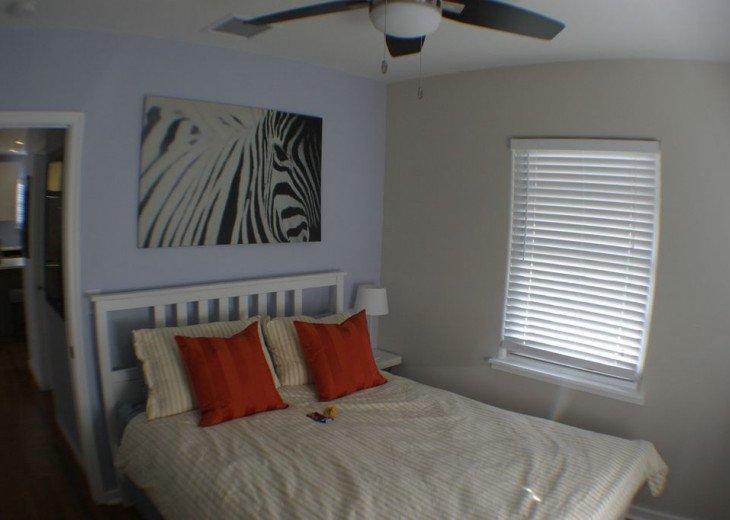 Beach Retreat In Lake Worth, 2 Bedr. Designer Kitchen, Relaxing Backyard PETS OK #13