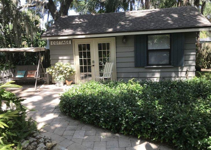 Bradenton River Cottage and Studio #4