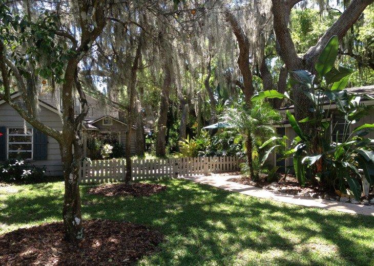 Bradenton River Cottage and Studio #7
