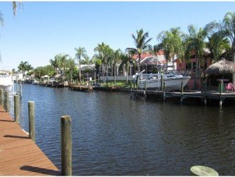 80 Foot Boat dock .SAIL BOATS ACCESS 20 Min. w. boat to the Gulf Of Mexico