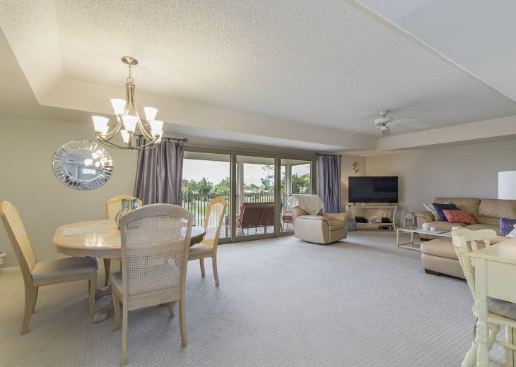 Beautiful, Bright and Clean Golf Course Condo with water feature view. #8