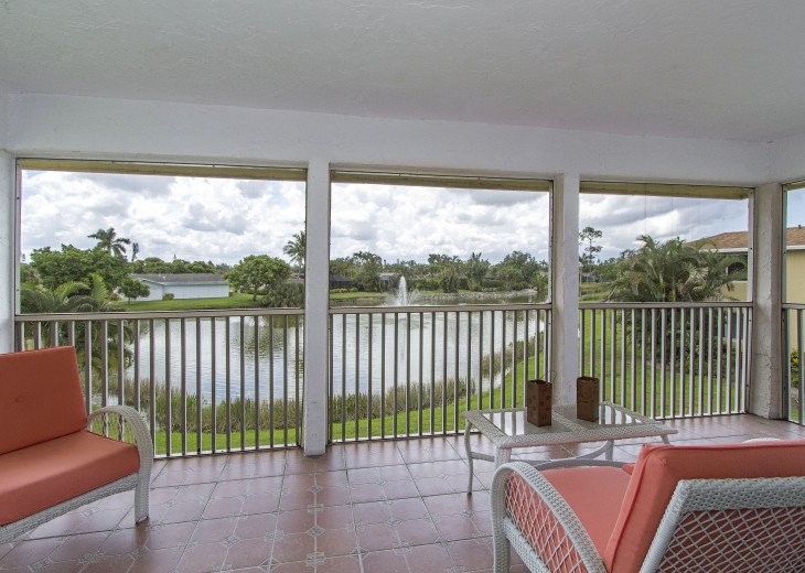 Beautiful, Bright and Clean Golf Course Condo with water feature view. #6
