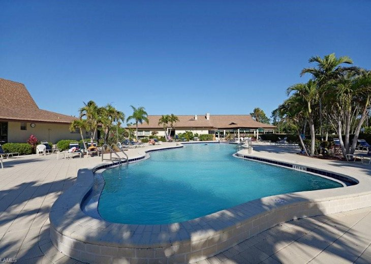 Beautiful, Bright and Clean Golf Course Condo with water feature view. #12