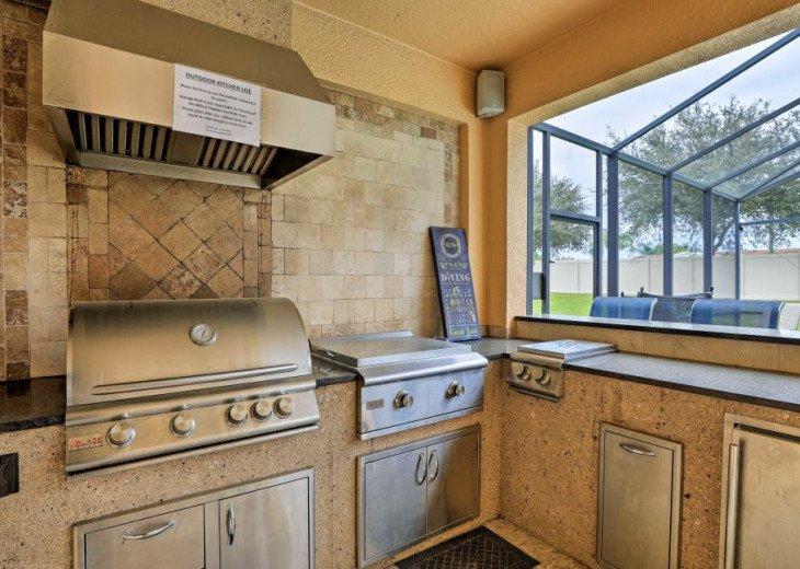 "Luxury Villa, 6 Bdrooms 6 Bth, Outdoor Kitchen, 65"" Poolside TV, Close to Disney #6"