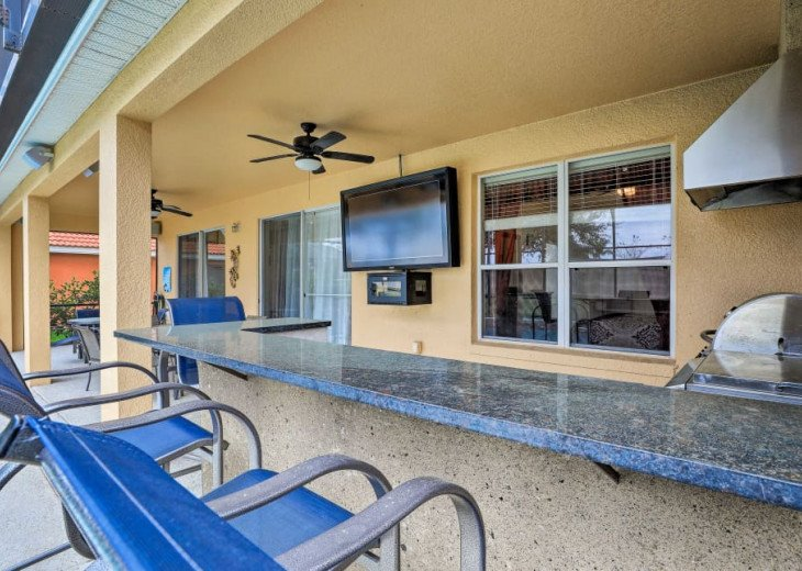 "Luxury Villa, 6 Bdrooms 6 Bth, Outdoor Kitchen, 65"" Poolside TV, Close to Disney #8"