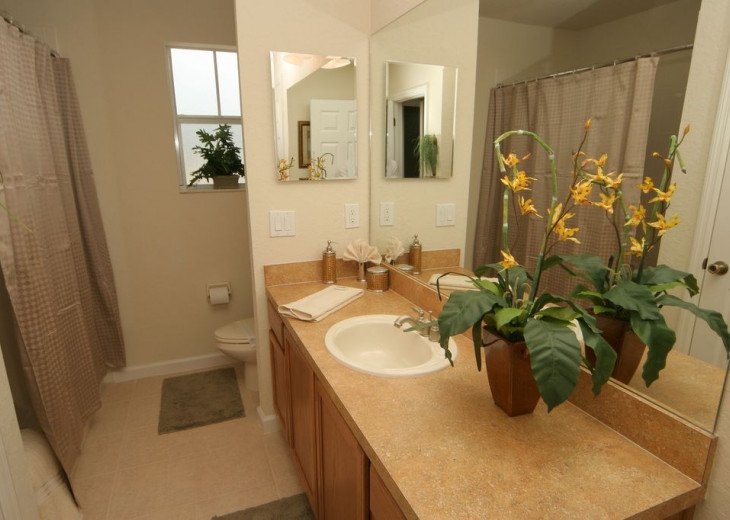 Huge 6 Bed / 5 Bath Luxury Disney Vacation Rental Home, Kissimmee, FL. #11