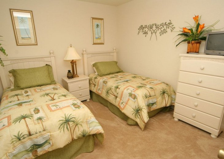 Huge 6 Bed / 5 Bath Luxury Disney Vacation Rental Home, Kissimmee, FL. #12