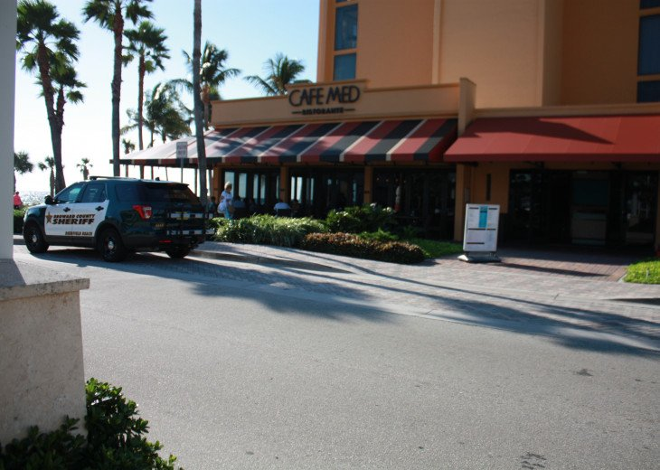 Cafe Med at the Wynham Hotel (3) Ocean front restaurants
