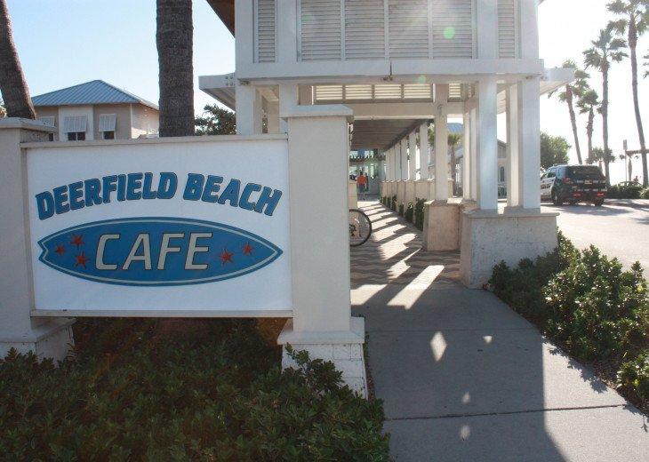 Ocean front restaurant at the International Fishing Pier