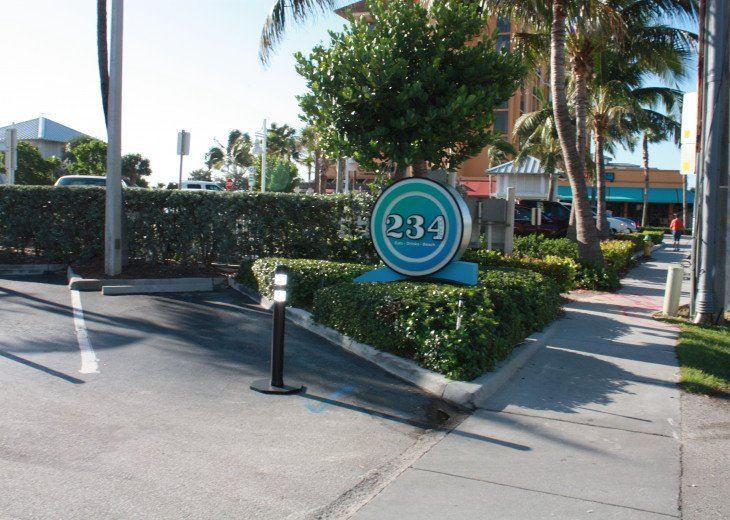 2nd Ocean front restaurant: Ocean's 234 - Great food!