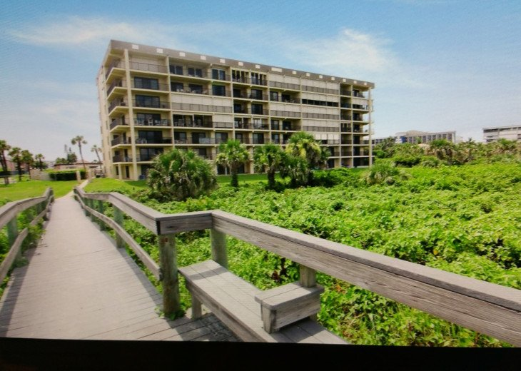 REDUCED to $1500. TRUE DIRECT OCEANFRONT CONDOMINIUM AT WINDRUSH, COCOA BEACH #16