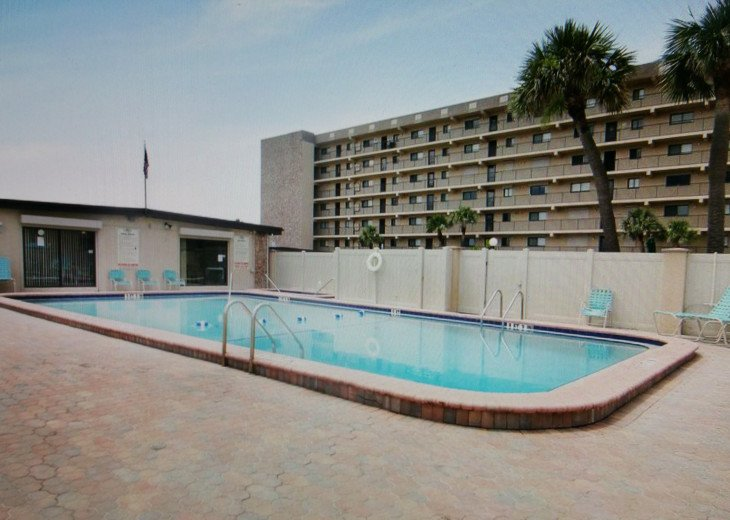 REDUCED to $1600. TRUE DIRECT OCEANFRONT CONDOMINIUM AT WINDRUSH, COCOA BEACH #17