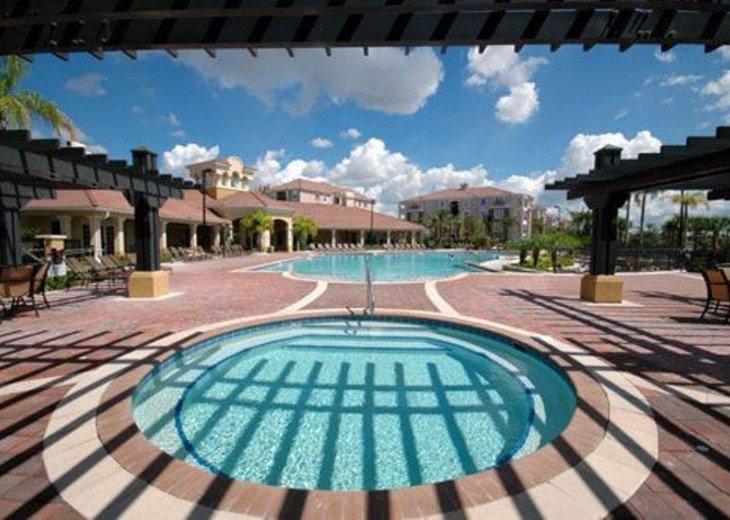 DISNEY/UNIVERSAL/CONVENTION CENTER 3B Luxurious Executive 5*VISTA CAY VILLA/Pool #9