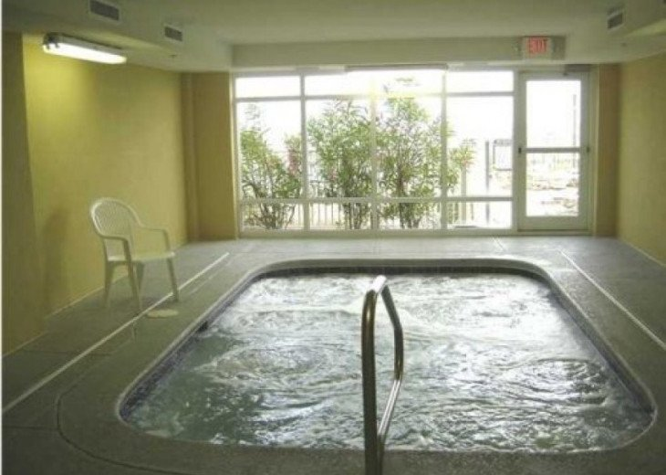 BEGIN YOUR DAY AT TWIN PALMS RESORT IN PANAMA CITY BEACH #10