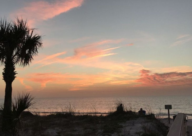 WOW! Indian Rocks Beach Rental, Private Unit, A, Renovated,Short walk to beach. #41