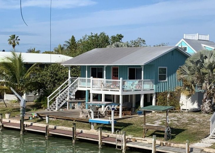 Our canal front cabin. Dock at our door.