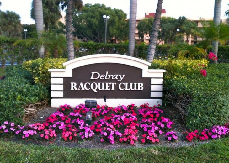Delray Racquet Club 1/1, one mile to beach. #16