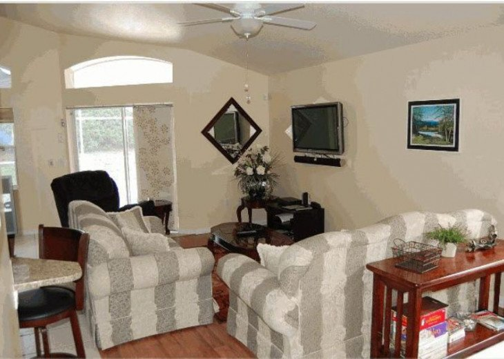 10 Min From Disney,wi-fi,netflix, gas heated private pool,2 masterbed, sleeps 8 #7