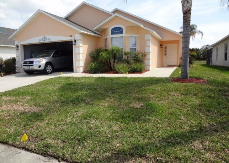 10 Min From Disney,wi-fi,netflix, gas heated private pool,2 masterbed, sleeps 8 #2
