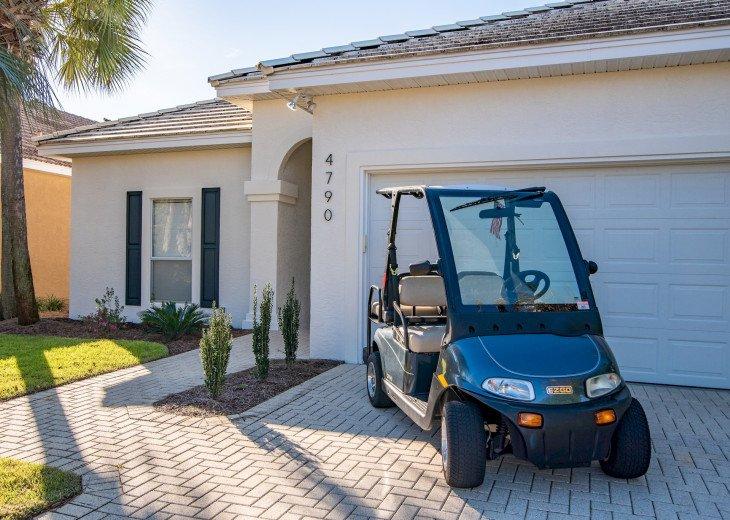 Private golf cart