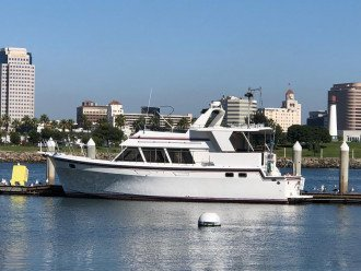 PRIVATE 48 FOOT YACHT AVAILABLE FOR ADDITIONAL ACCOMMODATIONS OR CHARTERS.