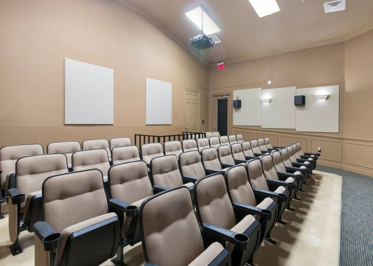 Windsor Hills Resort Cinema