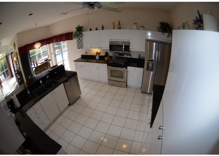 1st FLOOR: KITCHEN , Granite Counter tops & Stainless steel appliances.