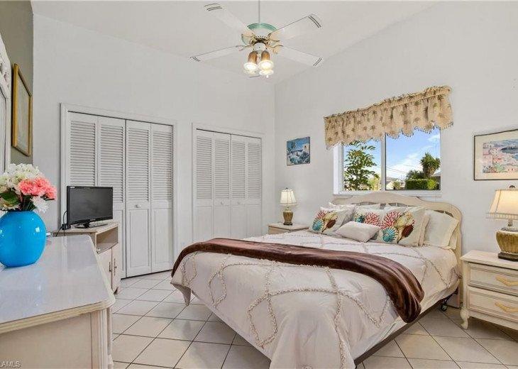 BEDROOM # 2 1 QUEEN size bed, LCD-TV