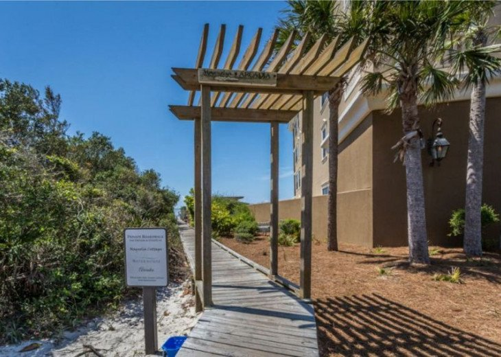 Private access to the beach!