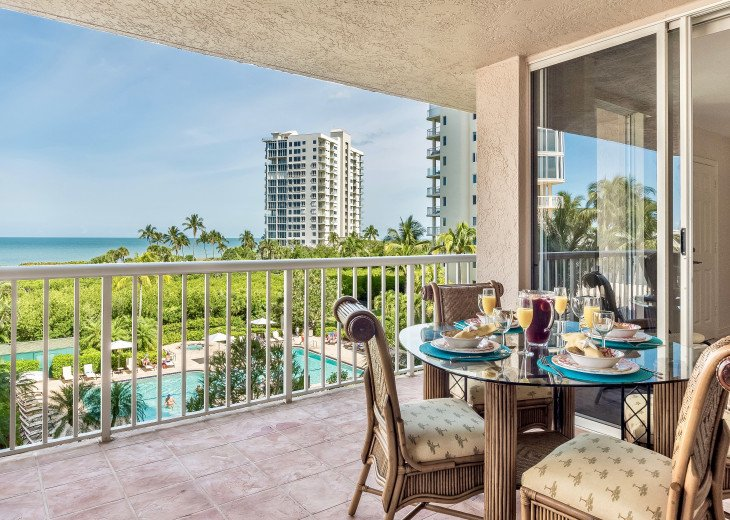 Nov Sale!! Oceanfront Naples Condo • Sleeps 6 • from $150nt #5
