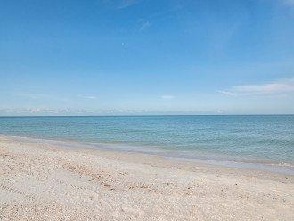 *Summer Deals! $1,199/wk* Naples Palm Breeze - Beautiful Beachfront - Sleeps 6 #1