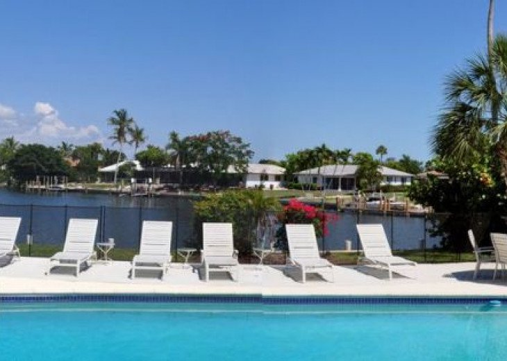 Amazing Pool, Views, Location & Layout on Marco - Free WiFi, Movies & Calls #14