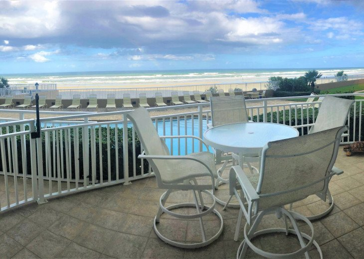Unit 105 Luxurious 1st Floor Oceanfront - St Maarten #1