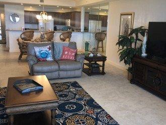 Unit 105 Luxurious 1st Floor Oceanfront - St Maarten #1