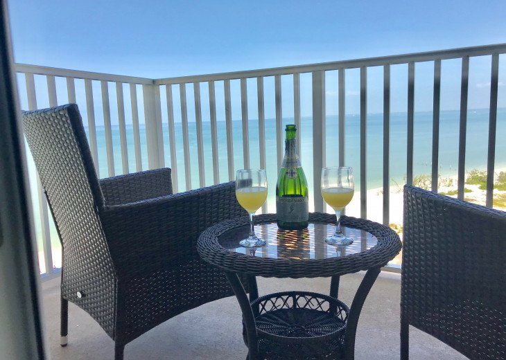 Enjoy a mimosa in the morning on your balcony!