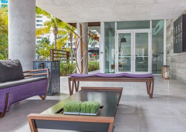 Modern Boutique W/Balcony, Rooftop Pool & Terrace #5