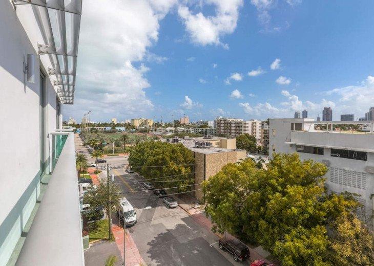 Modern Boutique W/Balcony, Rooftop Pool & Terrace #18