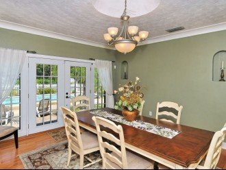 Pet Friendly (Old Florida) Bayside Neighborhood - Vintage Pool Home w/Cottage #1
