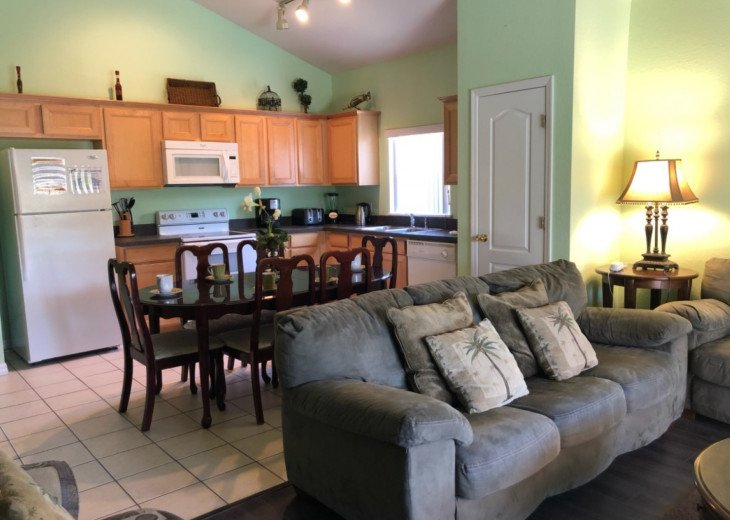 6BR/4BA,South-facing Pool/Spa with Conservation View,BBQ #7