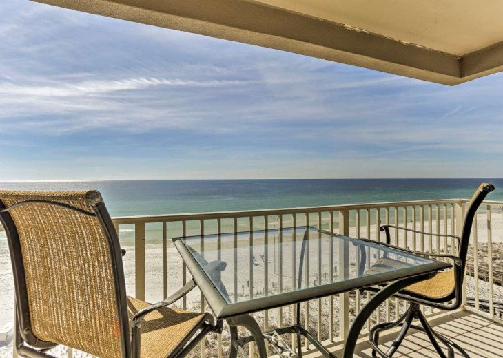 DISCOUNT Jan. 2020 Book for a Fabulous Oceanfront 3 Bedroom, 3 Baths Condo #50
