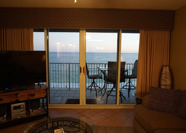 DISCOUNT Jan. 2020 Book for a Fabulous Oceanfront 3 Bedroom, 3 Baths Condo #12
