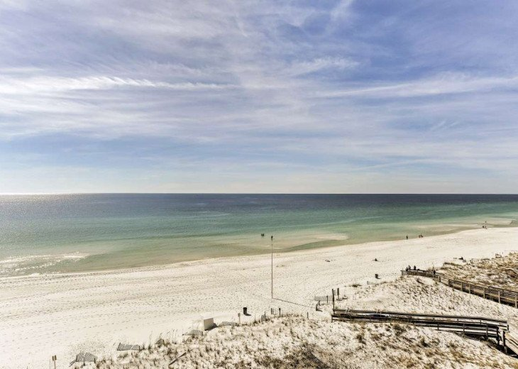 DISCOUNT Jan. 2020 Book for a Fabulous Oceanfront 3 Bedroom, 3 Baths Condo #71
