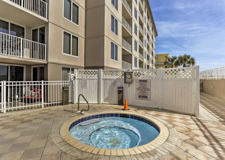 DISCOUNT Jan. 2020 Book for a Fabulous Oceanfront 3 Bedroom, 3 Baths Condo #38
