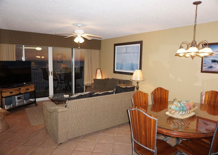 DISCOUNT Jan. 2020 Book for a Fabulous Oceanfront 3 Bedroom, 3 Baths Condo #18