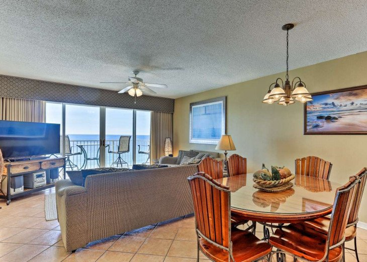 DISCOUNT Jan. 2020 Book for a Fabulous Oceanfront 3 Bedroom, 3 Baths Condo #60