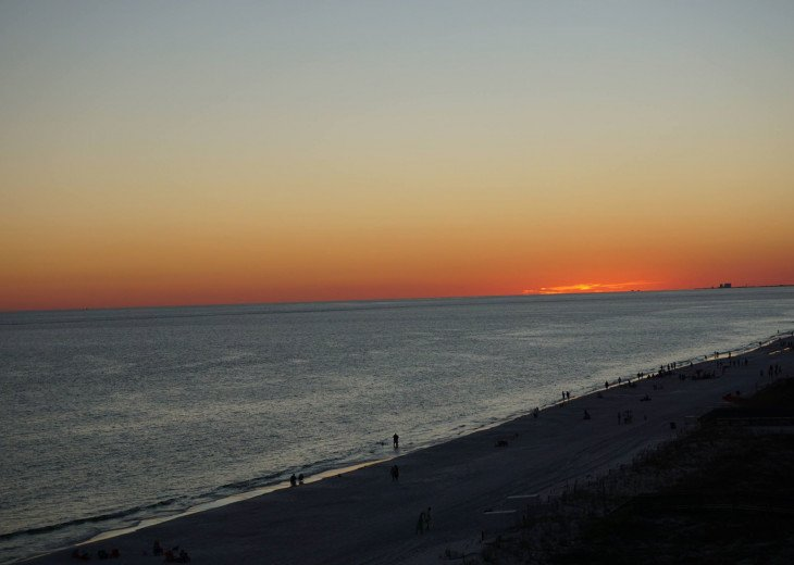 DISCOUNT Jan. 2020 Book for a Fabulous Oceanfront 3 Bedroom, 3 Baths Condo #45