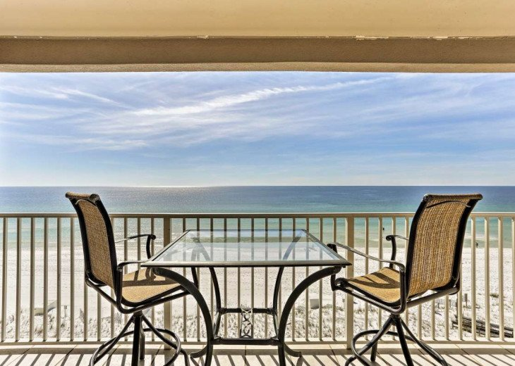 DISCOUNT Jan. 2020 Book for a Fabulous Oceanfront 3 Bedroom, 3 Baths Condo #1