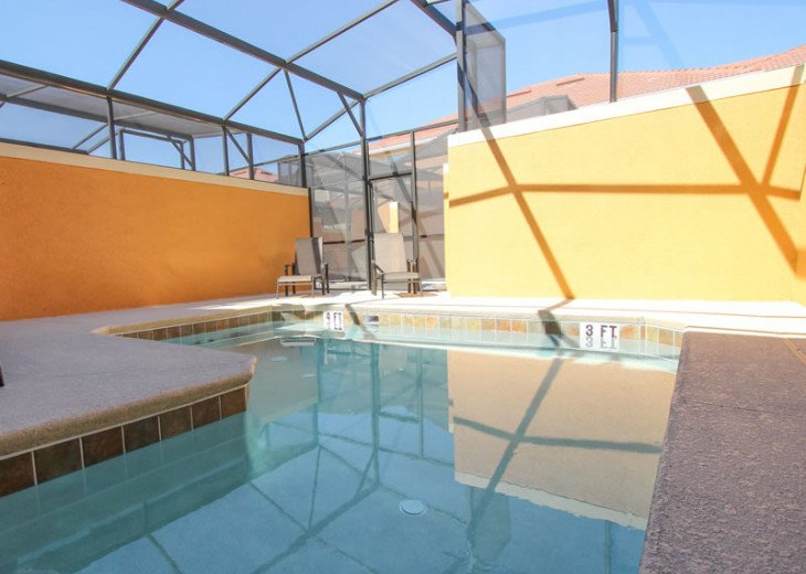 Gated Resort, Spacious Town-home with pool and fancy club Paradise Palms Resort #2