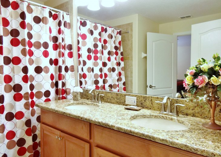 Gated Resort, Spacious Town-home with pool and fancy club Paradise Palms Resort #11
